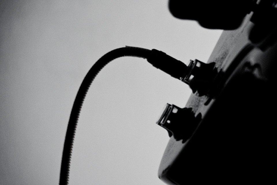 Gitarre mit Kabel